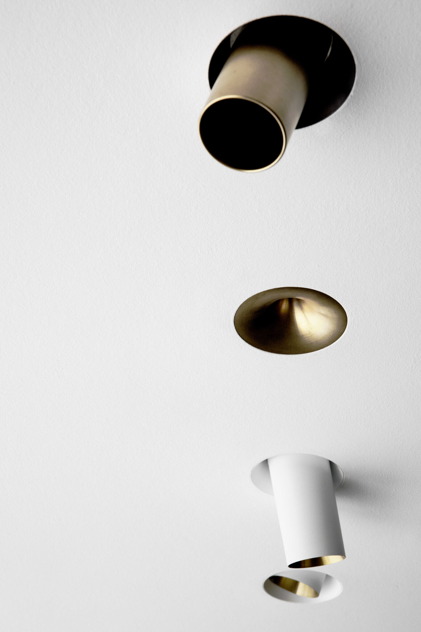 onea-storm-medium-mix-white-gold-02_optimized